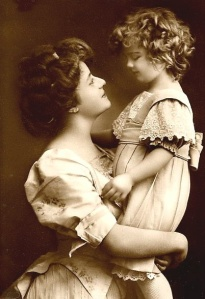 victorian_mother_and_child
